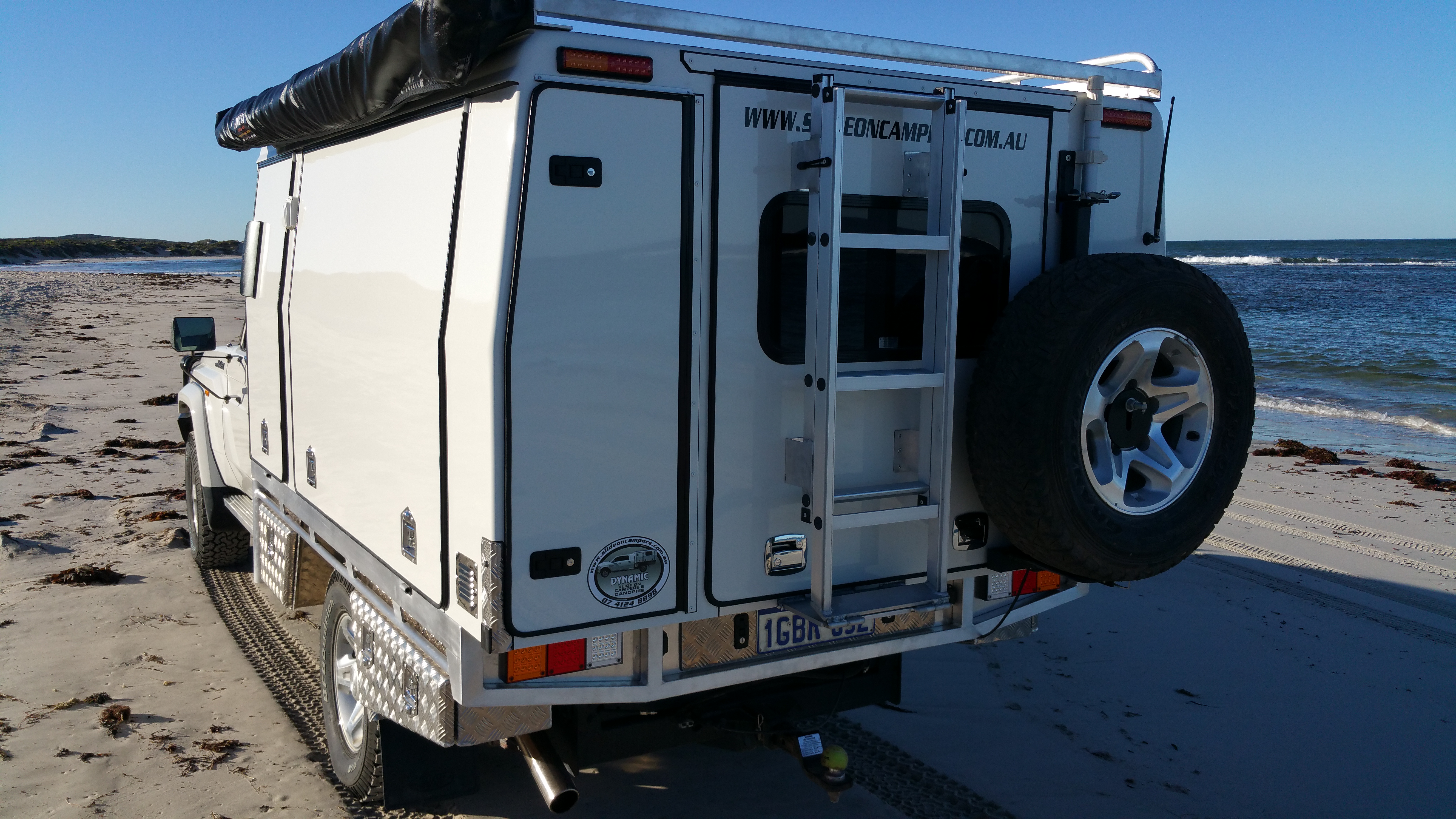 Dynamic Slideon Camper Cruiser 3