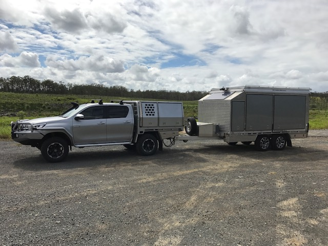 Dynamic Slideon Camper Toy Hauler 8