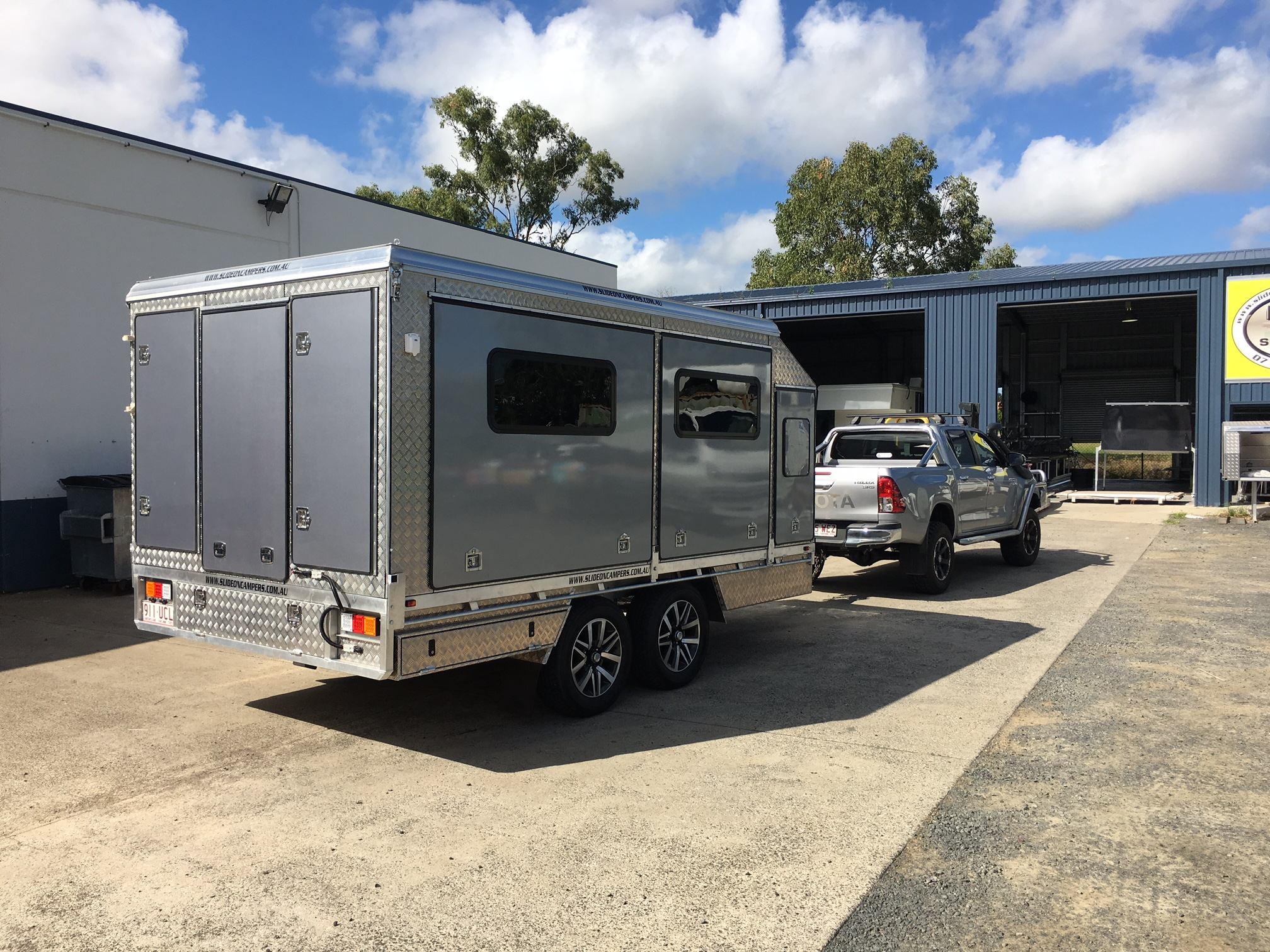 Dynamic Slideon Camper Trailers 2