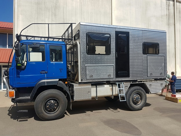 Dynamic Slideon Truck Campers 2